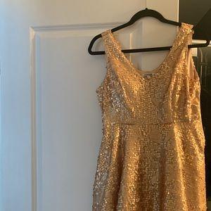 ** GOLD SEQUINNED FORMAL DRESS **